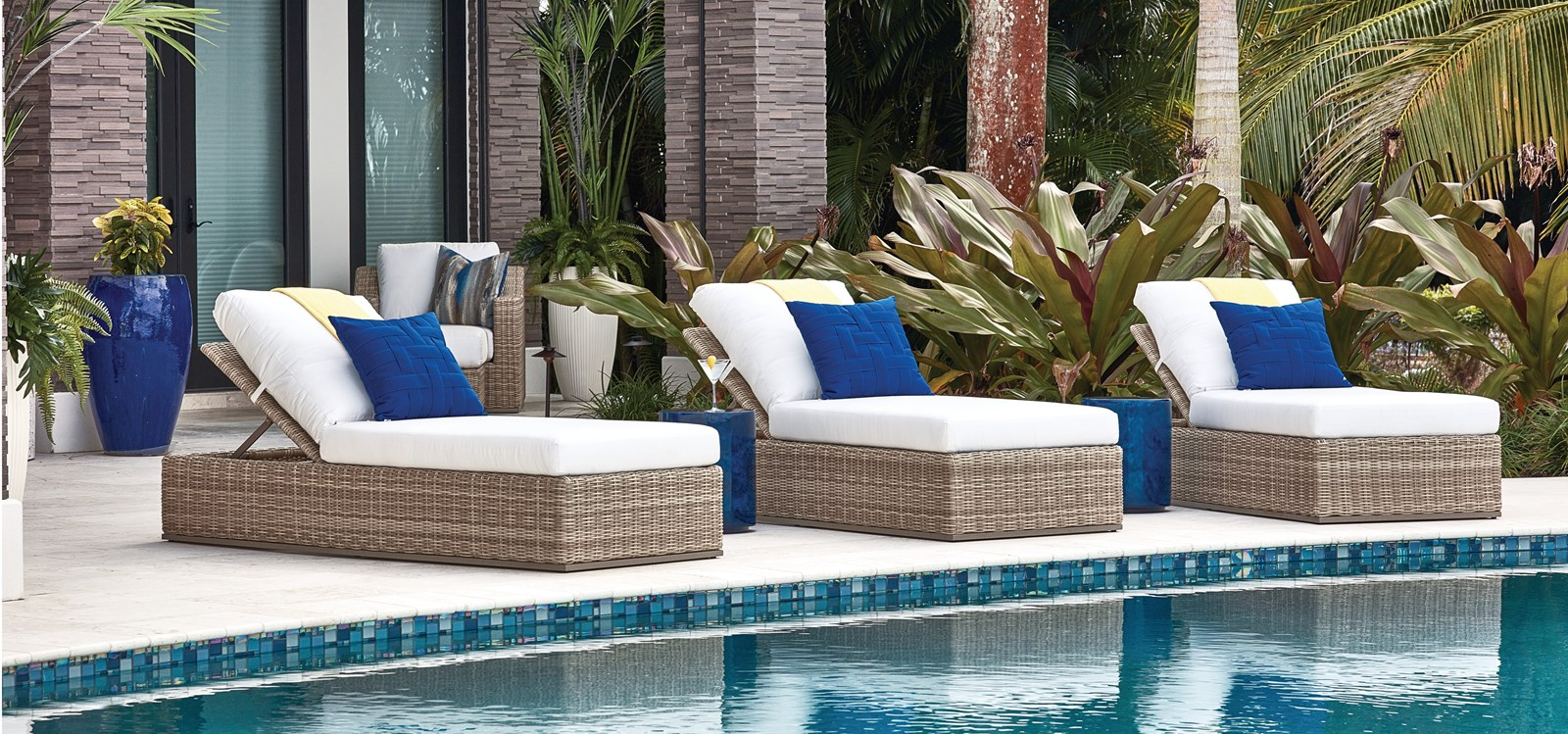 Montery Outdoor Living Chaises